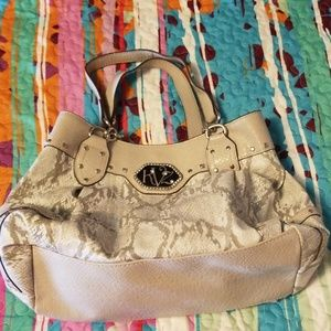 Light grey snakeskin print purse